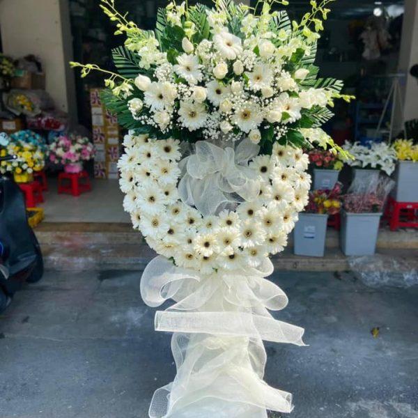 Kệ Hoa Viếng đám tang màu trắng
