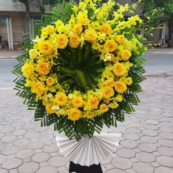 kệ hoa tang màu vàng